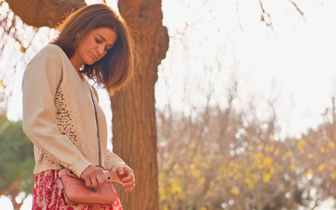 Vestido largo de georgette con diseño cachemira